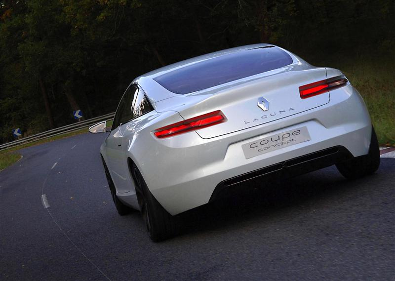 Renault-Laguna_Coupe_Concept_r05-800.jpg