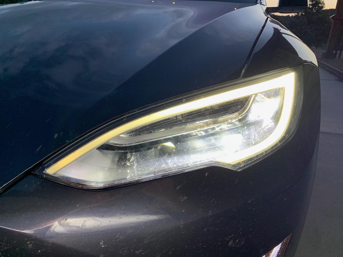 Right Headlight.jpg