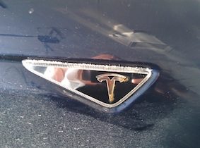 rust_turn_sig_Tesla.jpg