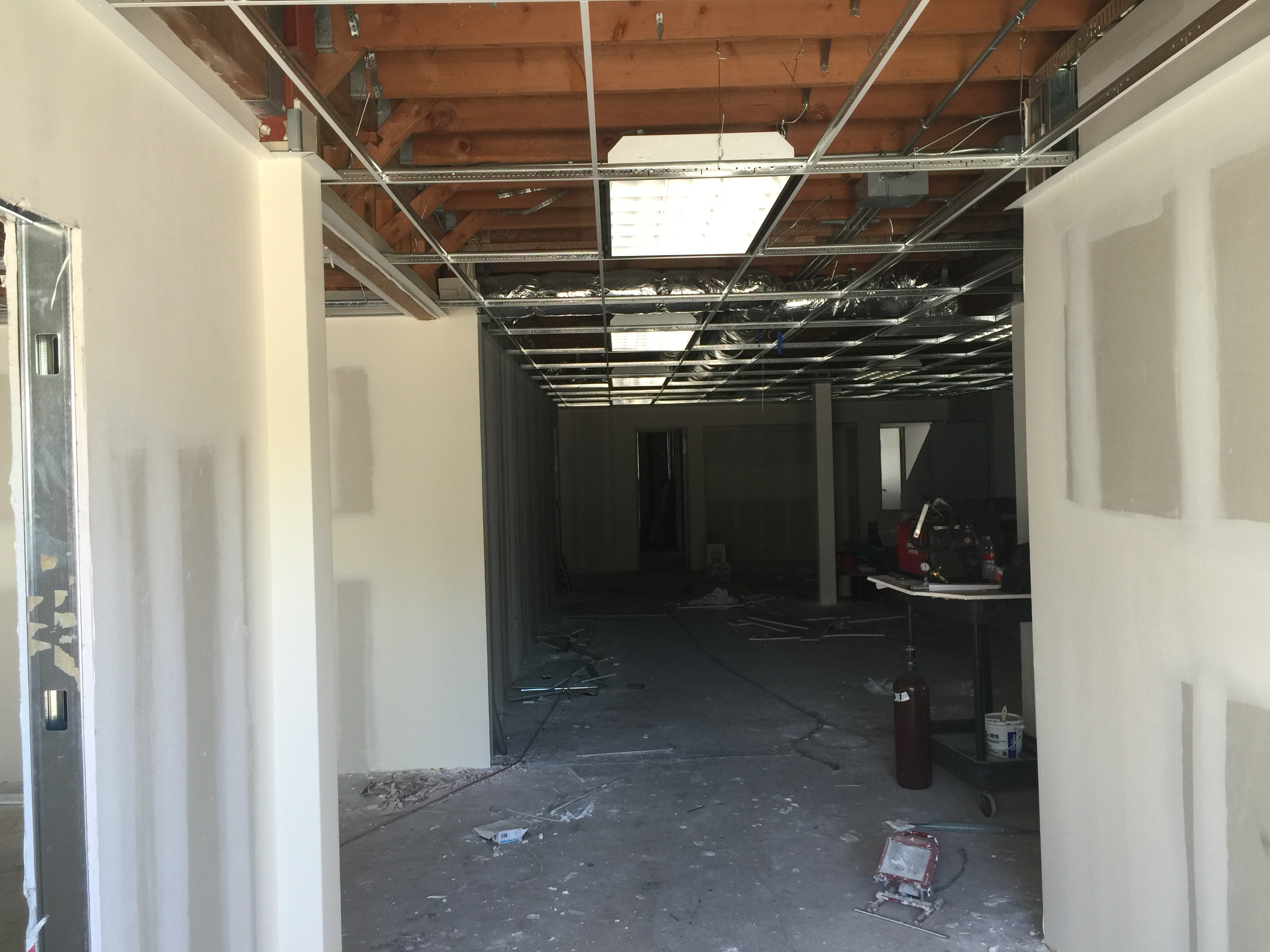 Showroom buildout Tesla  (1).JPG