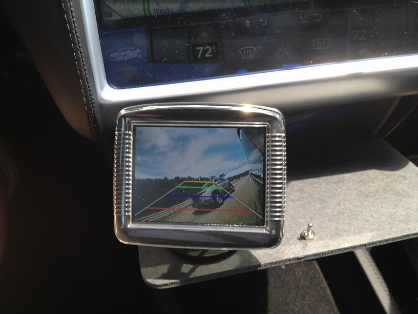 sideviewmonitor1small.JPG