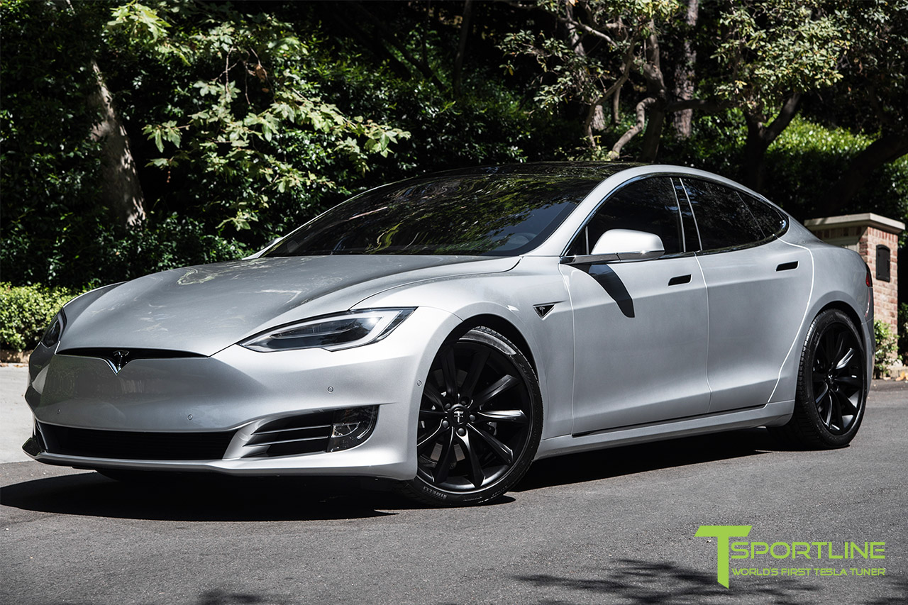 silver-tesla-model-s-20-inch-tst-wheels-matte-black-1.jpg