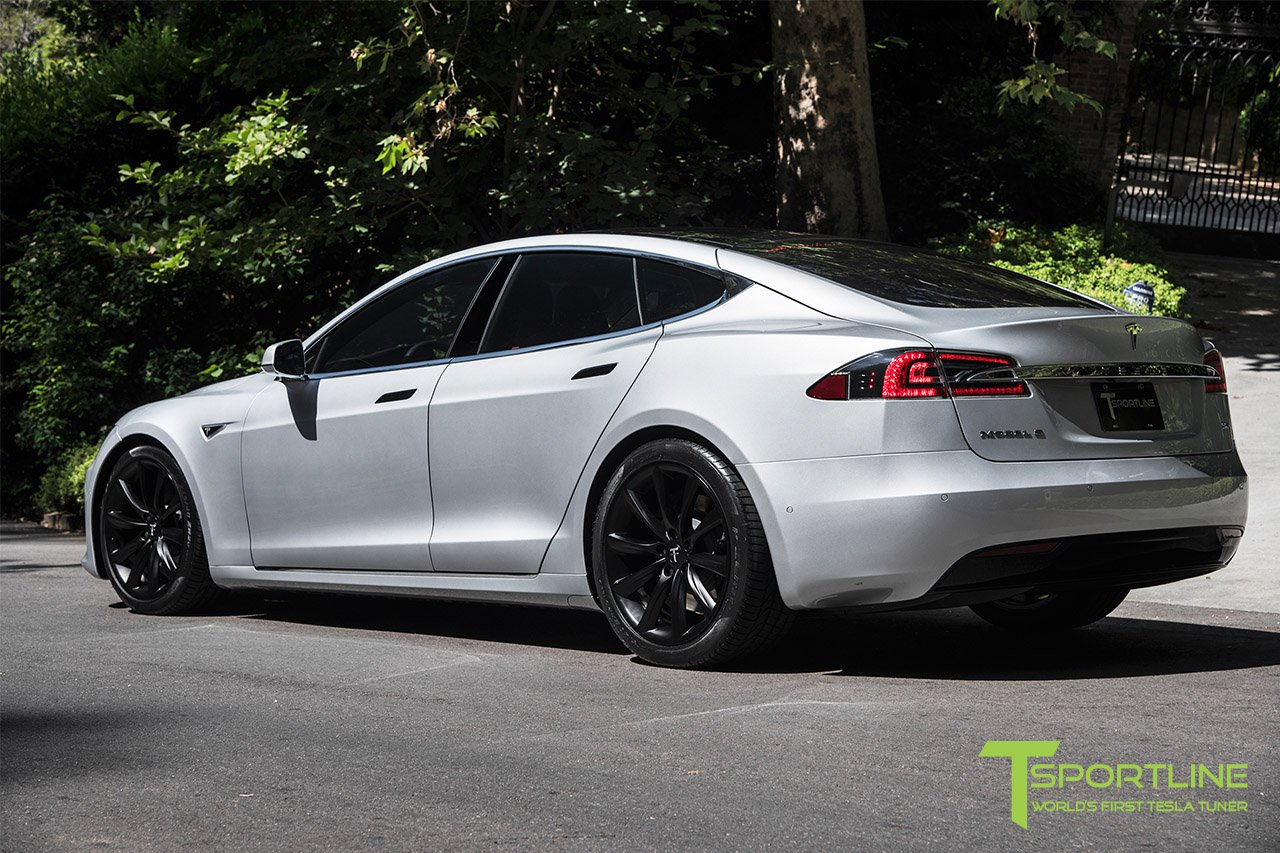 silver-tesla-model-s-20-inch-tst-wheels-matte-black-8.jpg