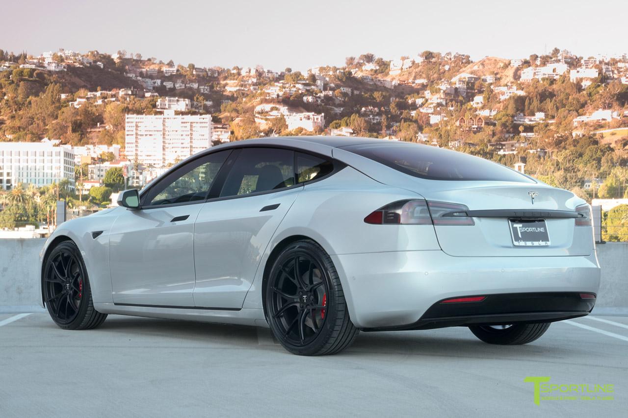 silver-tesla-model-s-ts115-21-inch-forged-wheels-matte-black-wm-3.jpg