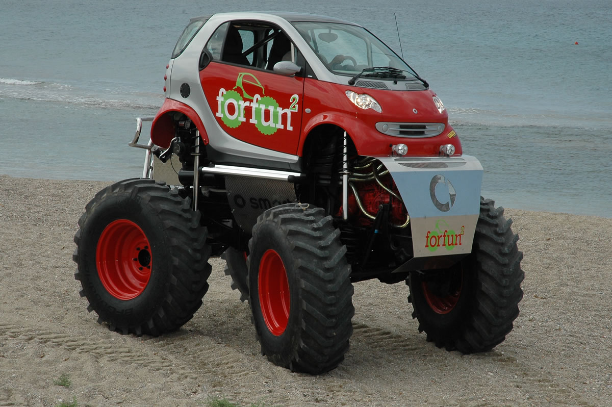smart-fortwo-car-monster-truck.jpeg