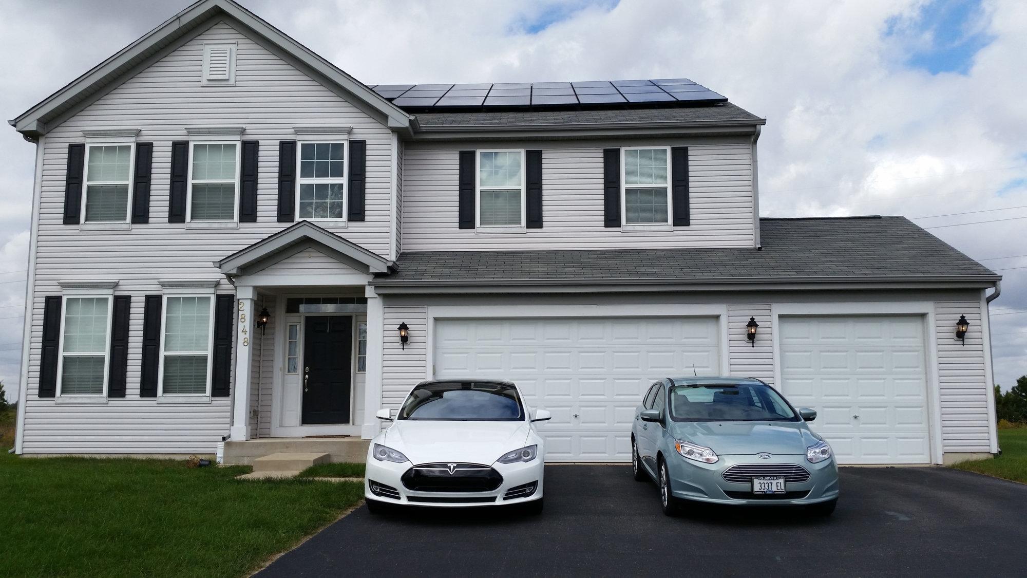 Solar-Tesla-Focus.jpg