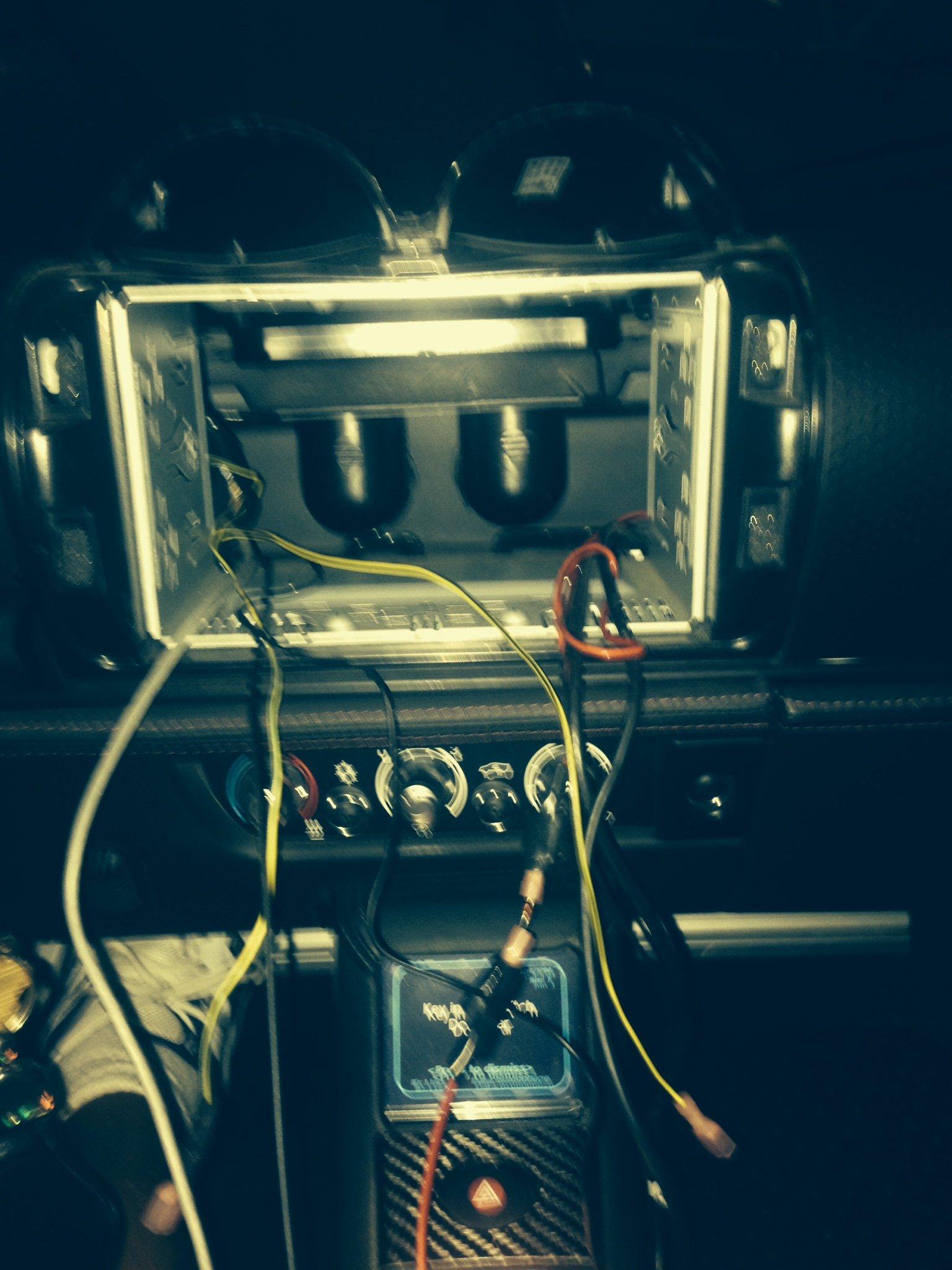 stolen radio.JPG