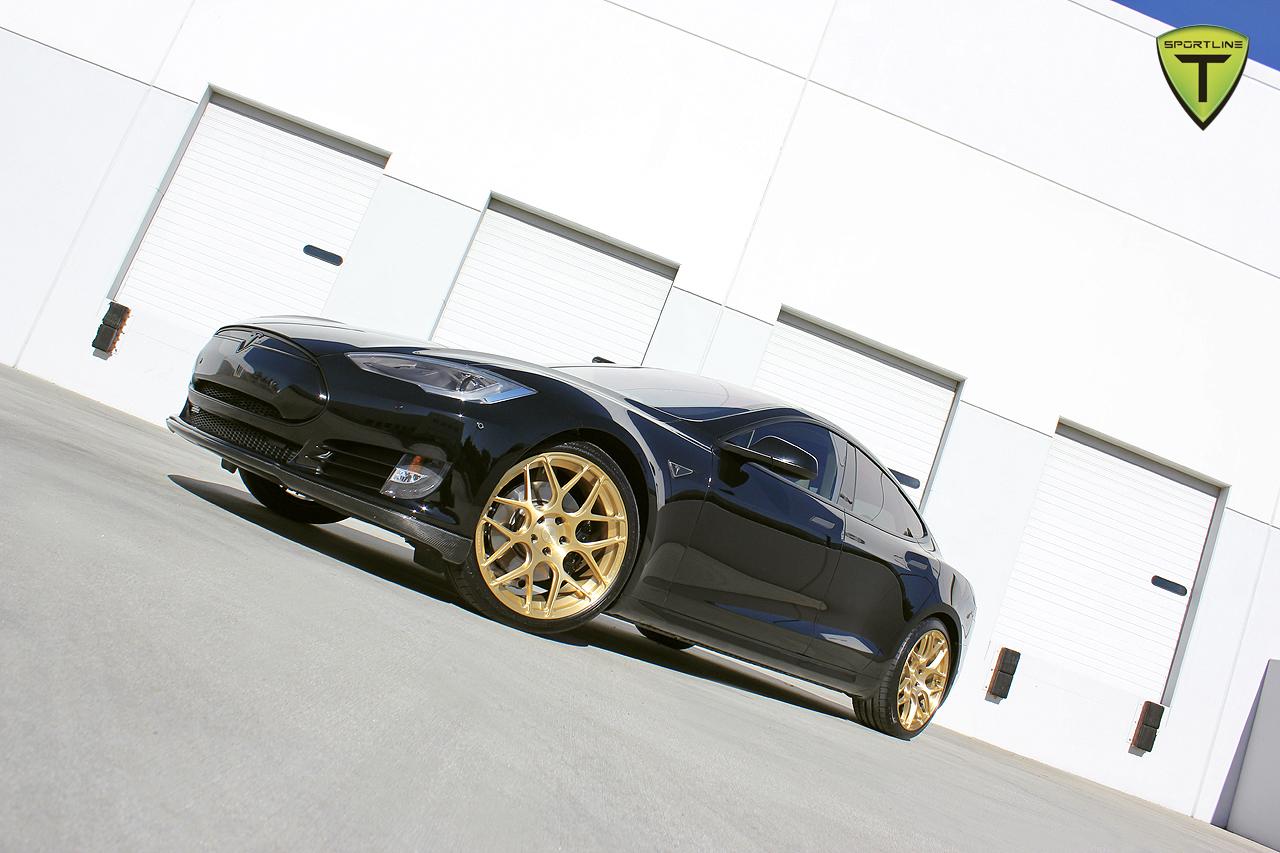 T-Sportline-Model-S-Gold-Edition-16.jpg