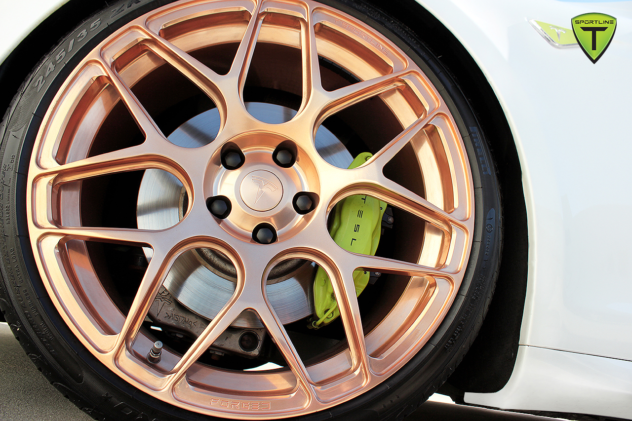 T-Sportline-Model-S-Gold-Edition-3.jpg