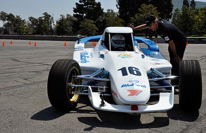 Team-Yokohama-EV-Challenge-Racer-01.jpg