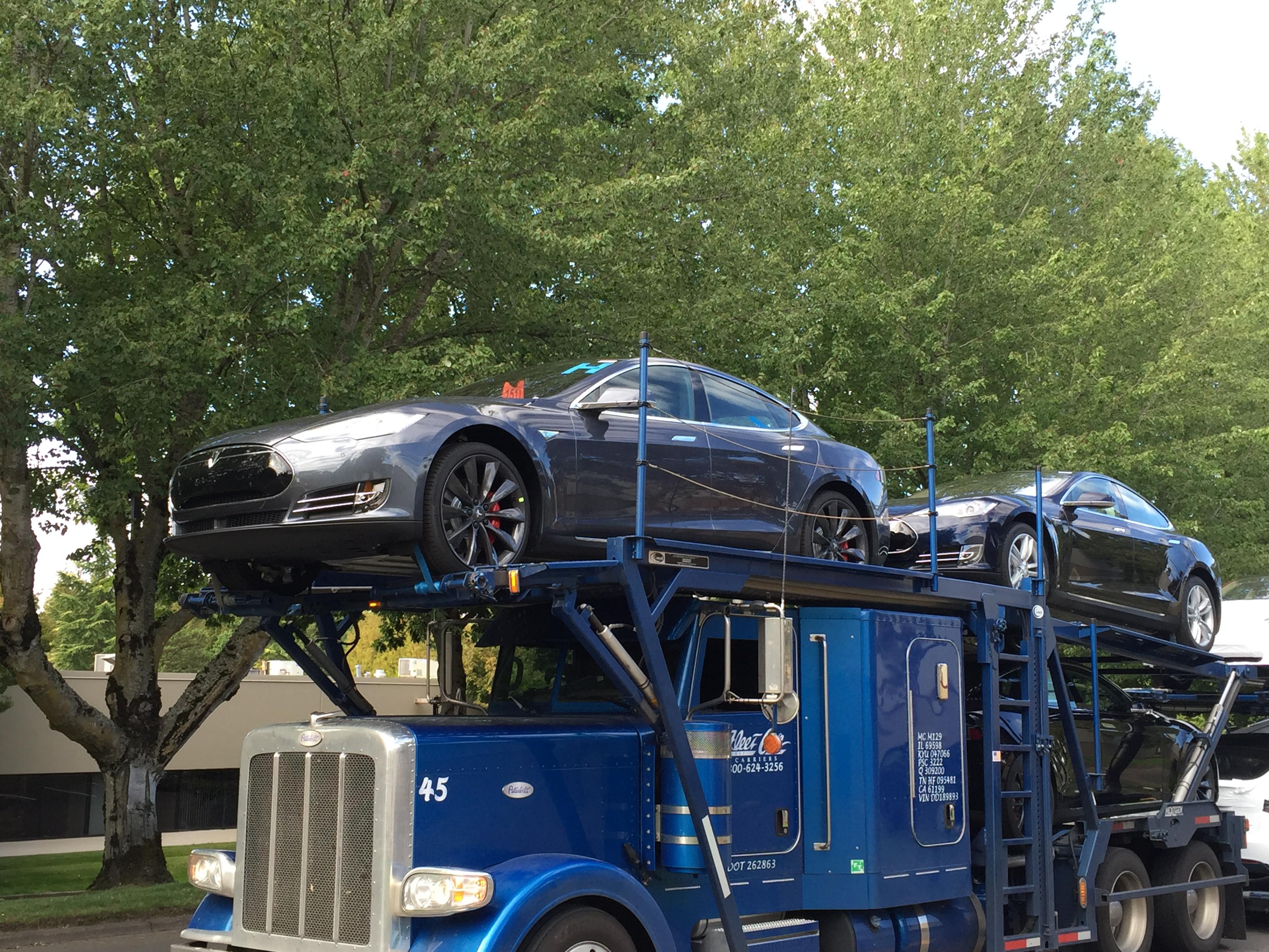Tesla 001.JPG