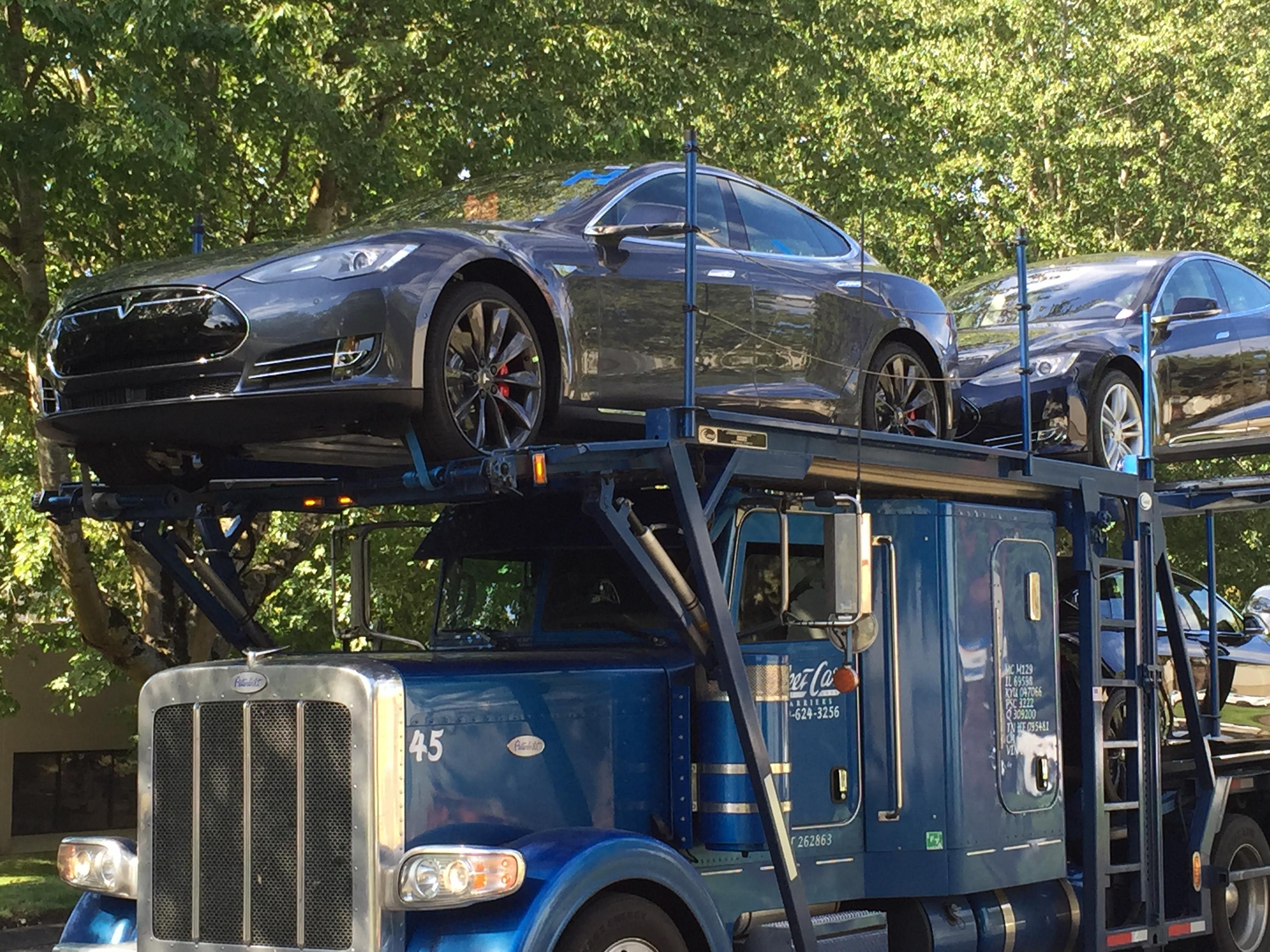 Tesla 009.JPG