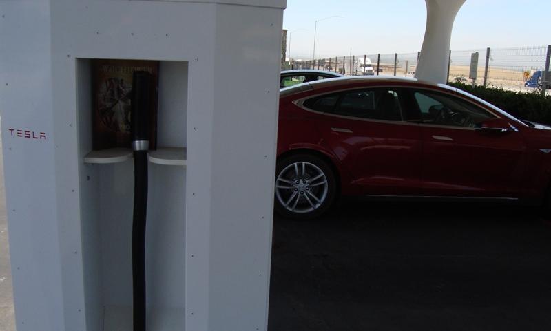 Tesla 019a.jpg