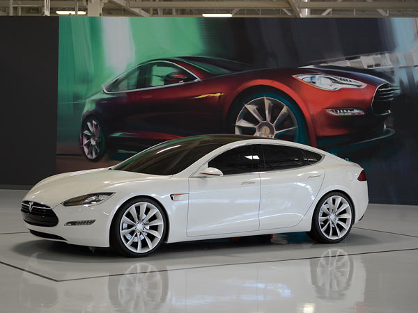 Tesla-03-0612-lgn.jpg