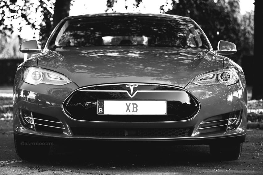 Tesla 10.jpg