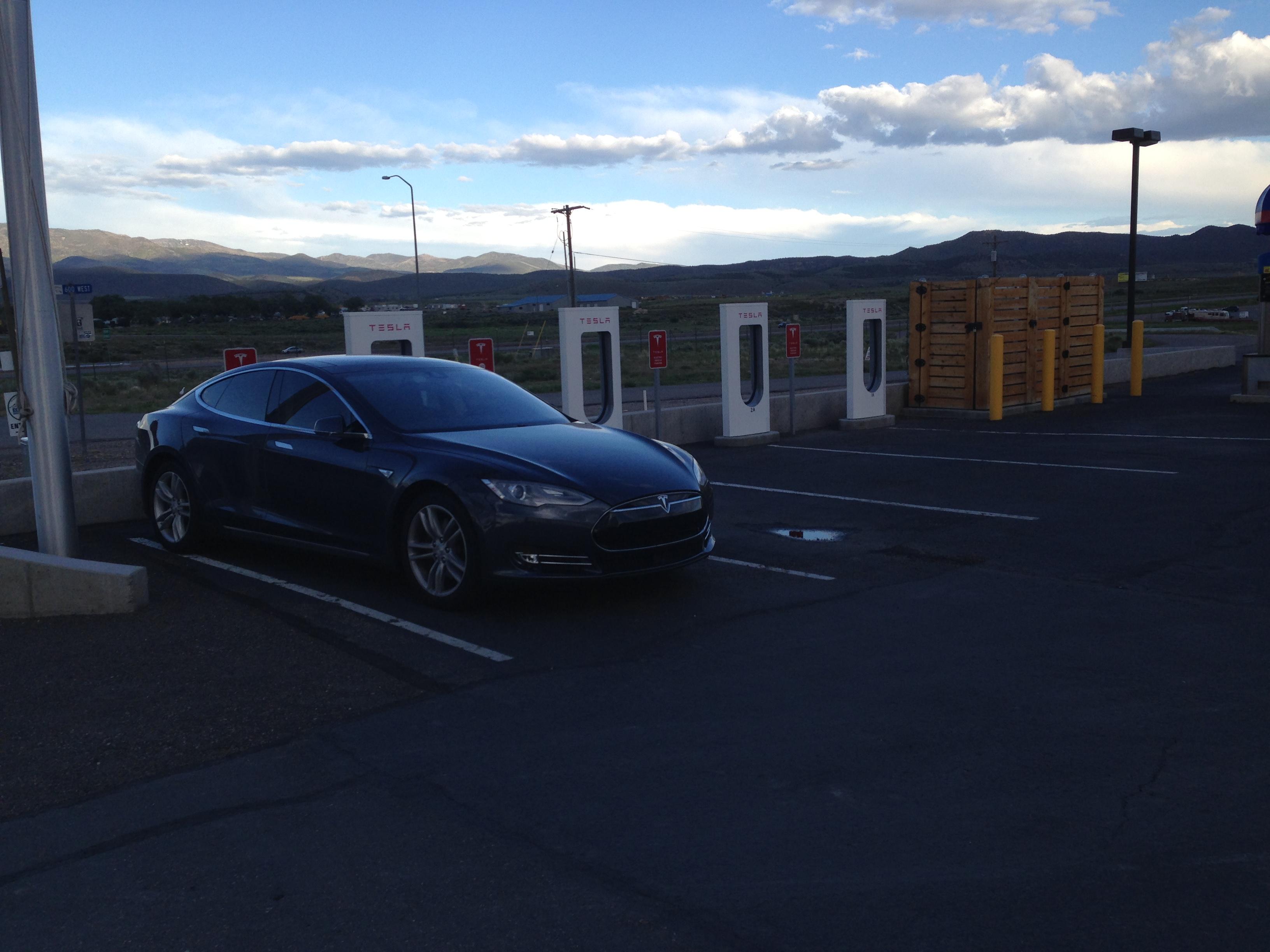 Tesla 2015-06-05 19.32.16 Beaver SC.jpg
