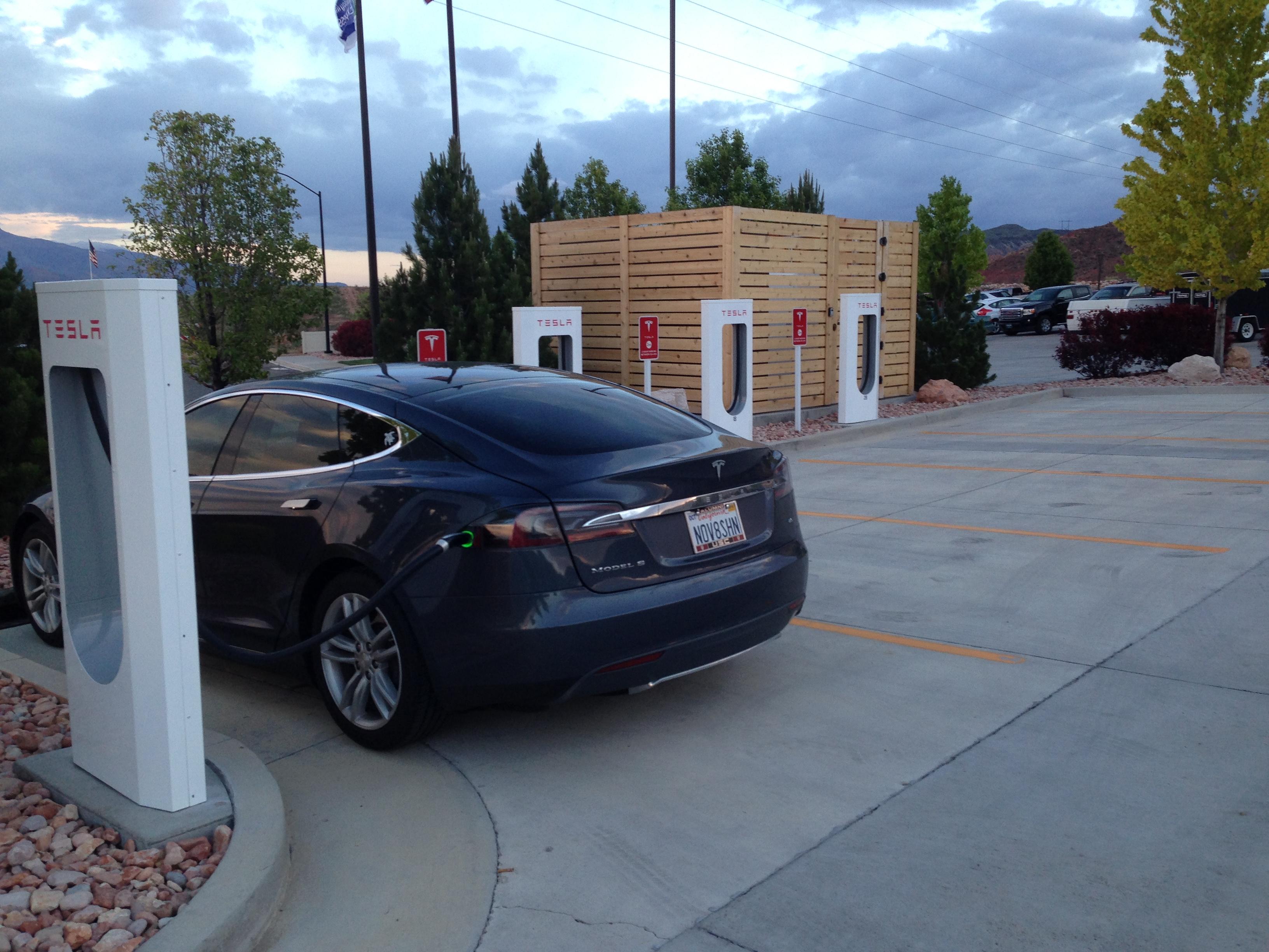 Tesla 2015-06-05 20.38.21 Richfield SC.jpg