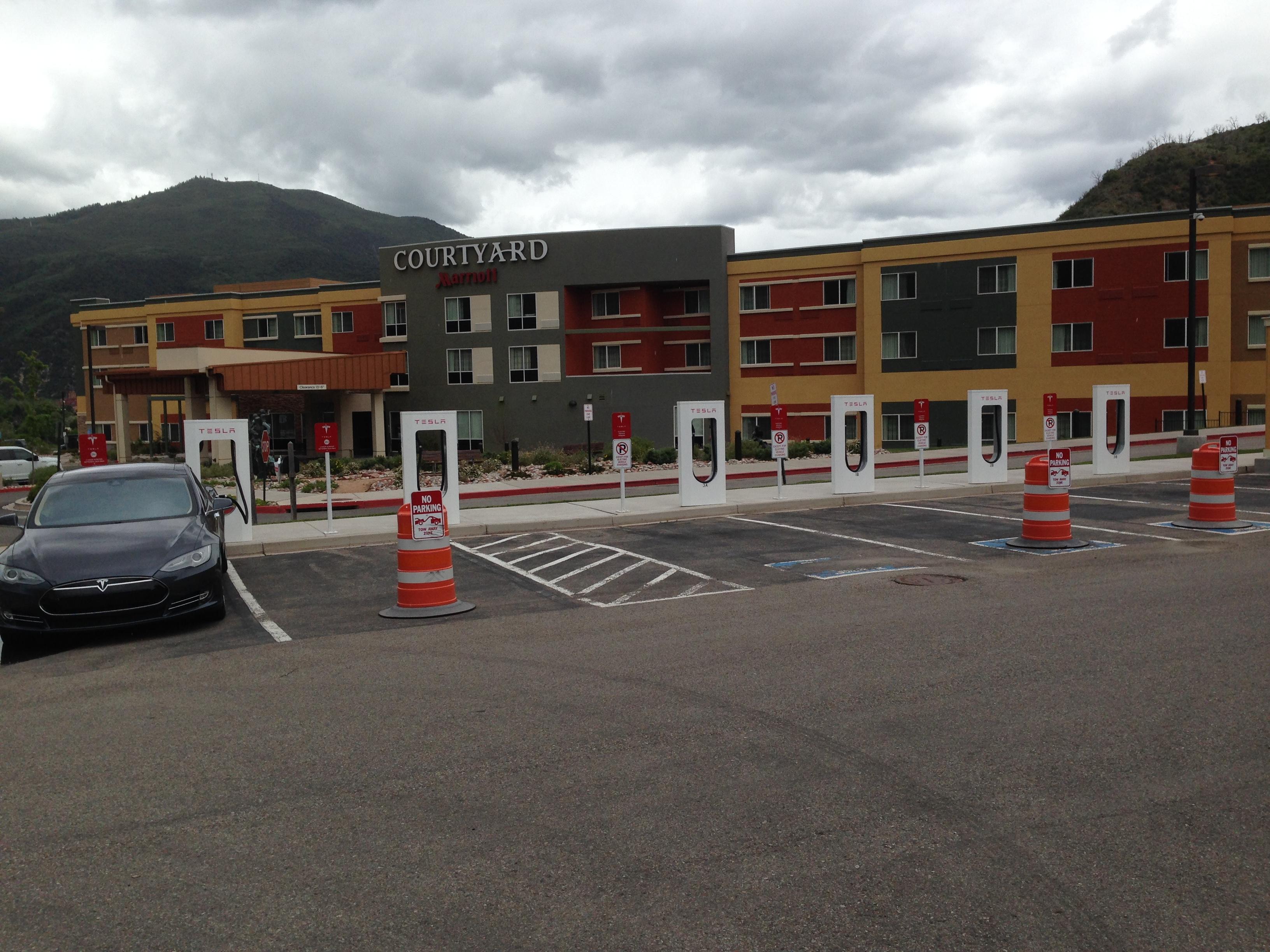 Tesla 2015-06-06 13.55.40 Glenwood Springs SC.jpg