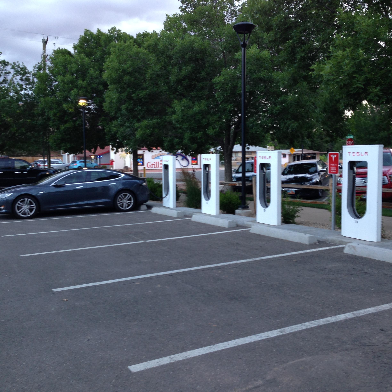 Tesla 2015-06-10 19.59.50 Moab SC.jpg
