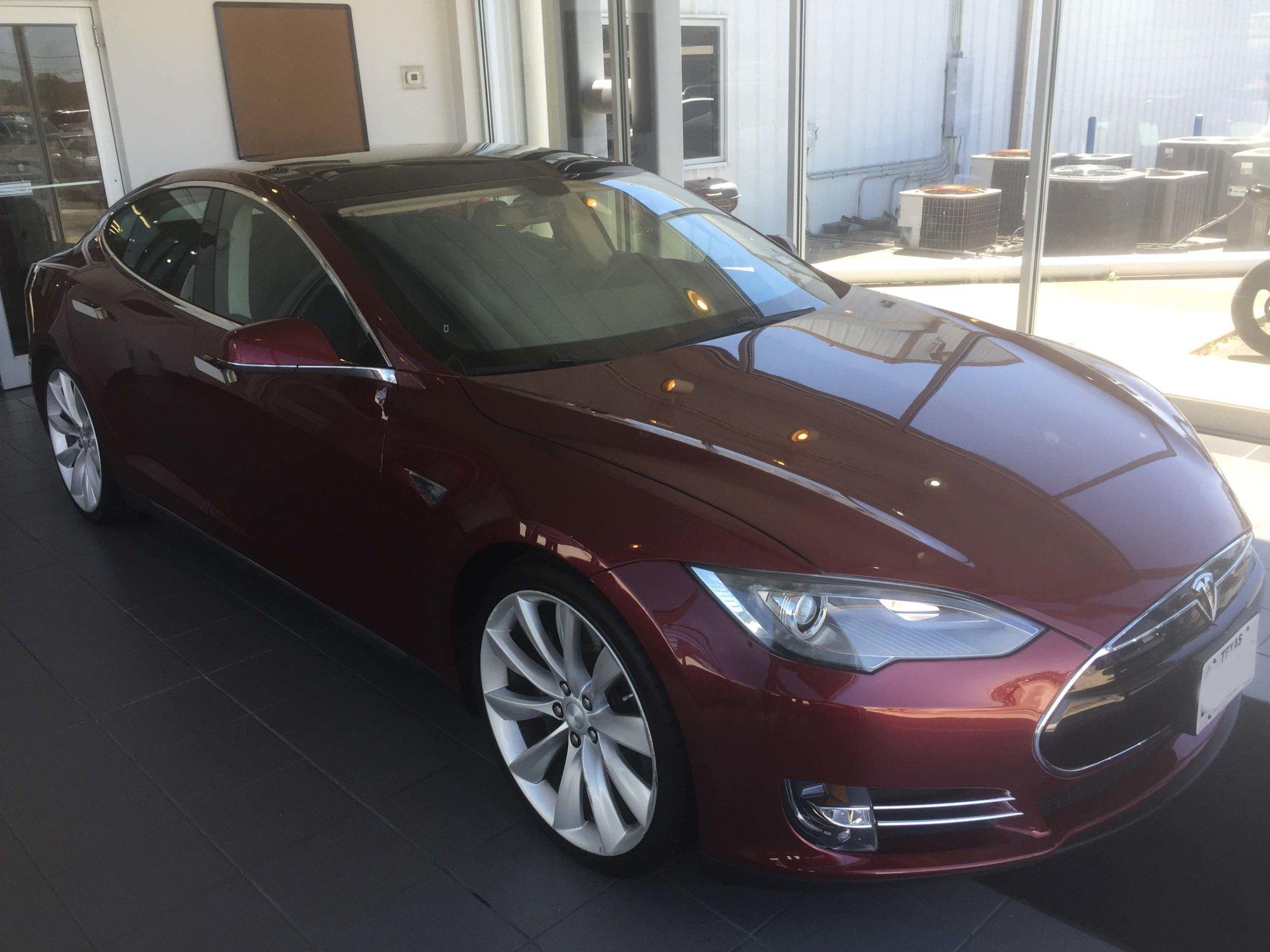 Tesla 3.jpg