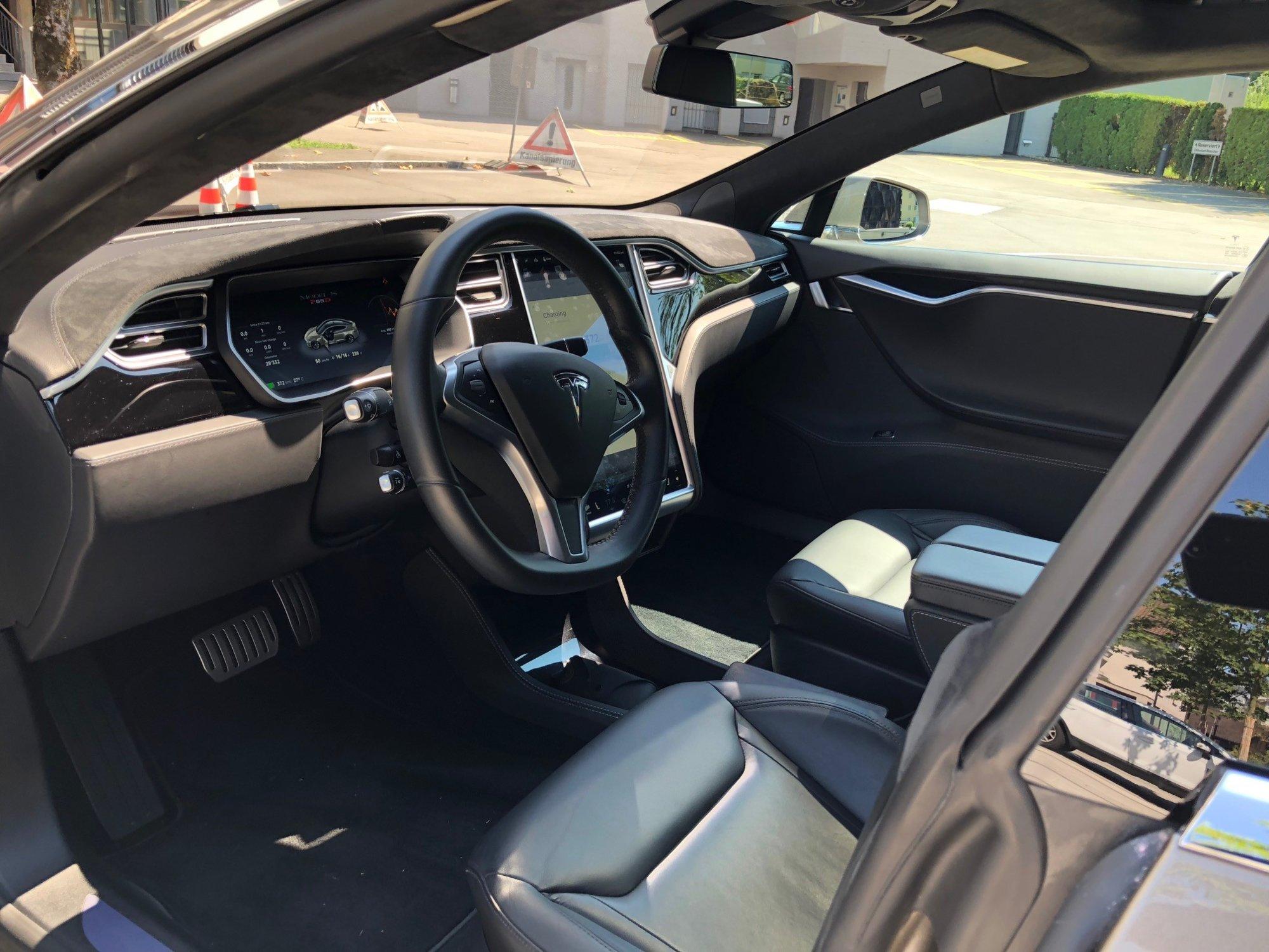 Tesla 5.jpg