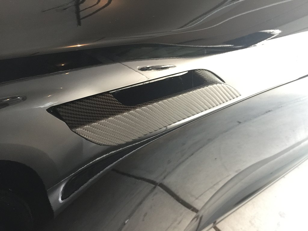 tesla-carbon-fiber-handle-rr.jpg