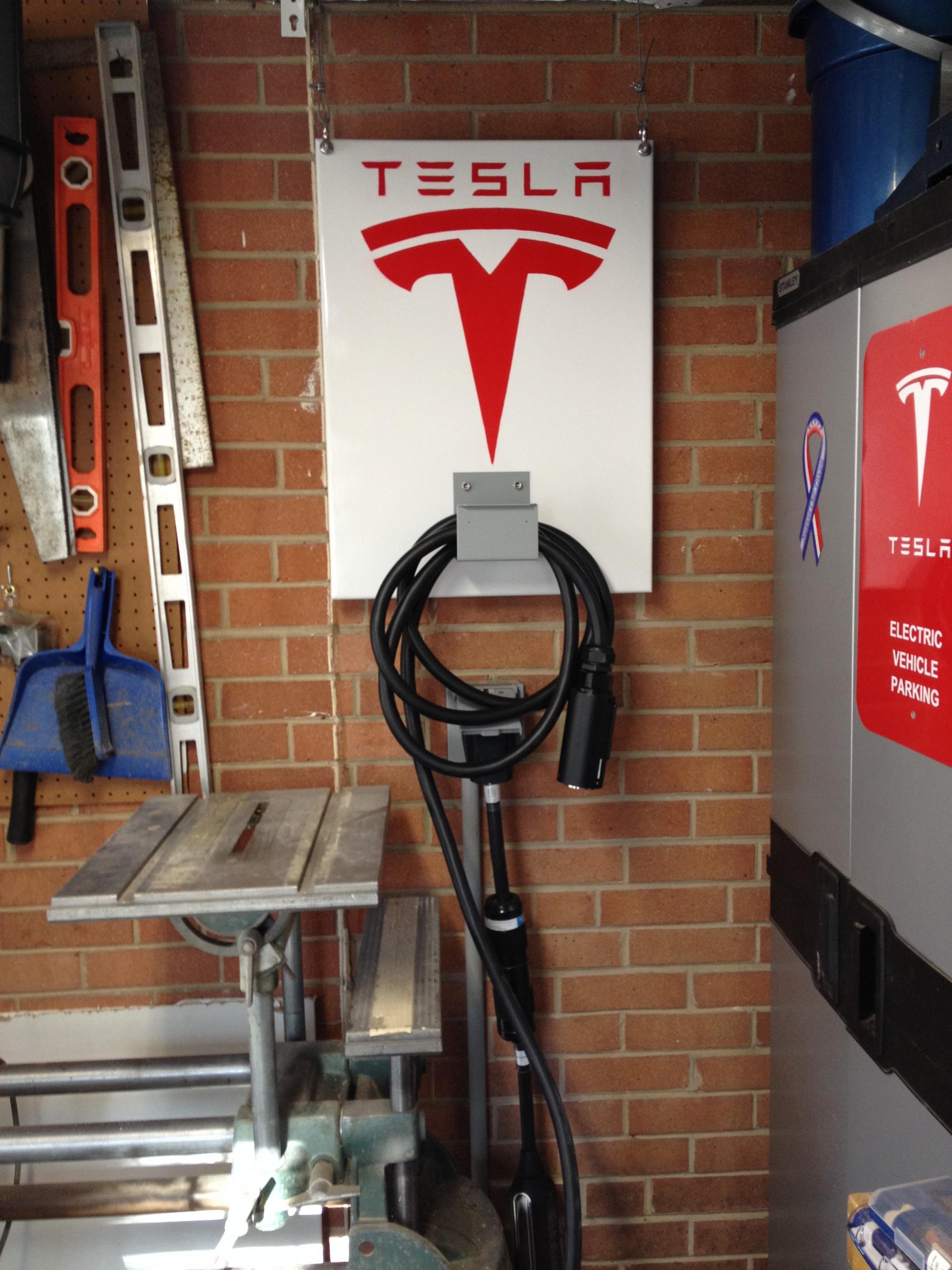 Tesla charging cable organizer04.jpg