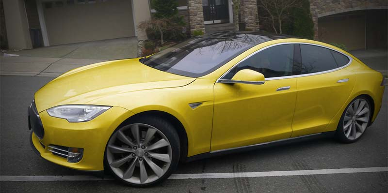 tesla-color-jaune.jpg
