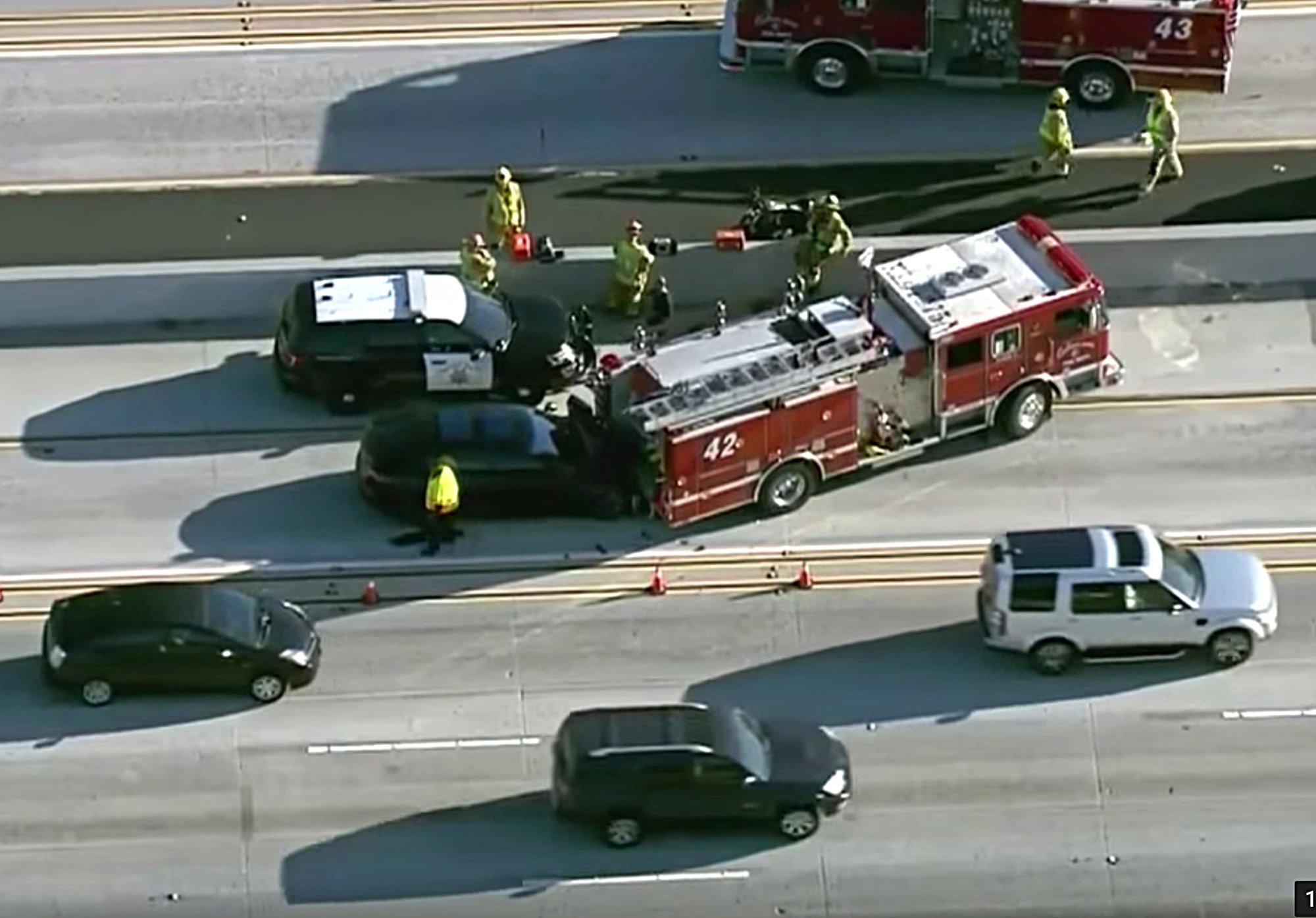 tesla-crash-fire-truck-405-los-angeles.jpg
