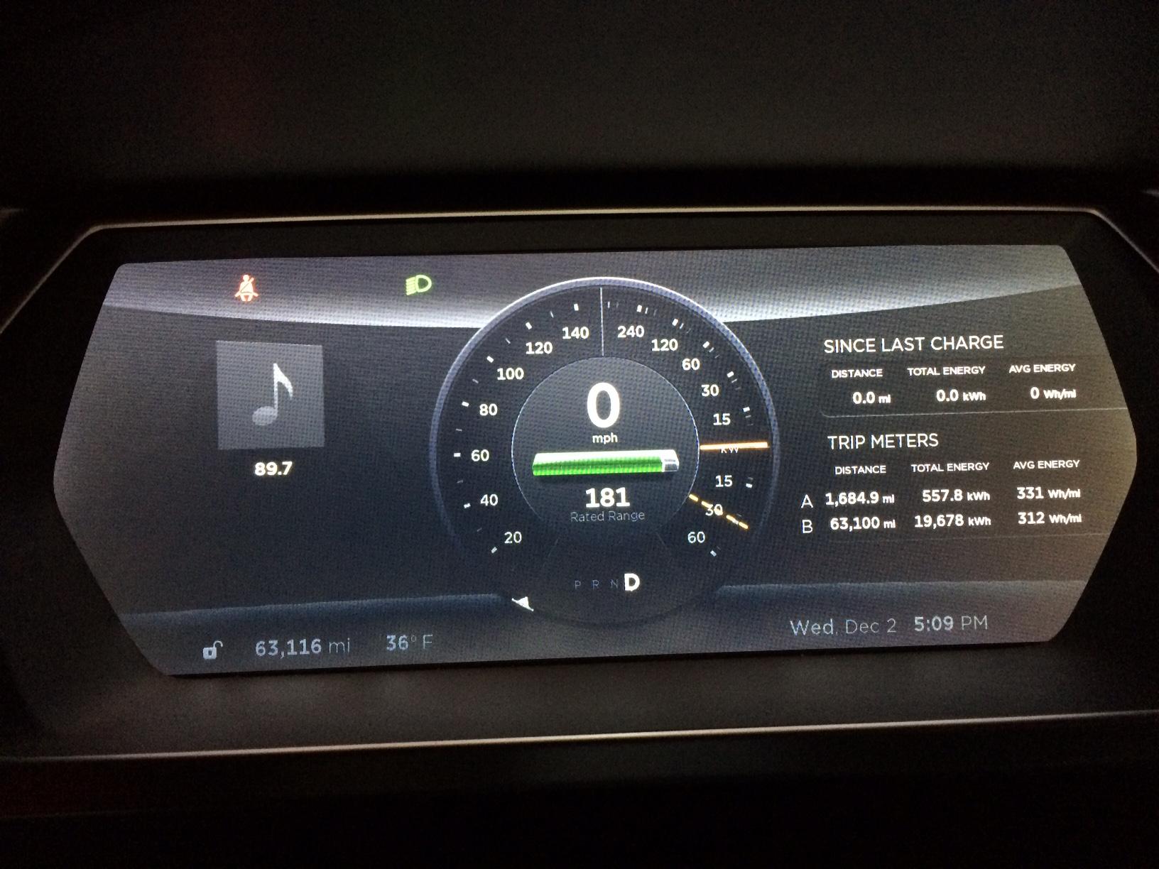 Tesla Dash 12-2-15.JPG