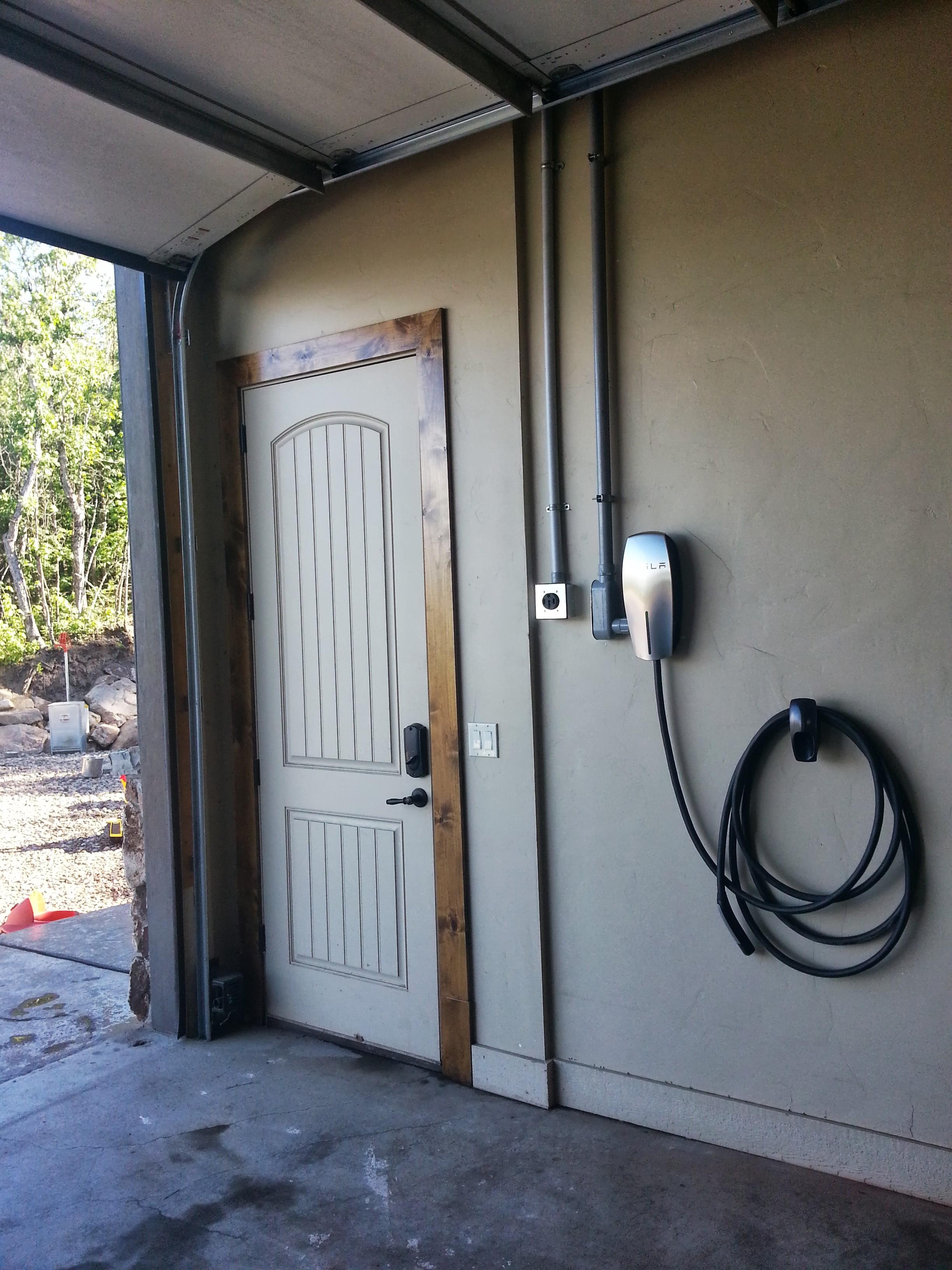 Tesla-HPWC-installed.jpg