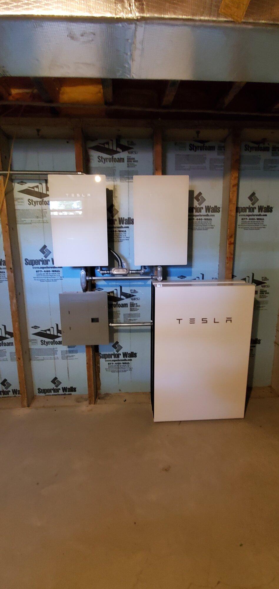 Tesla Inverters and Powerwalls 06242021.jpg