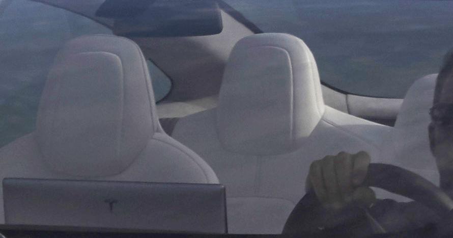 Tesla Model 3 crop_2.jpg