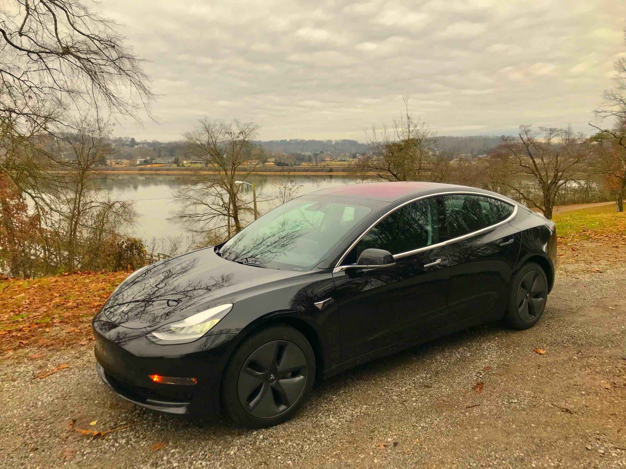 Tesla Model 3 lakeside1 color adjusted copy.jpg