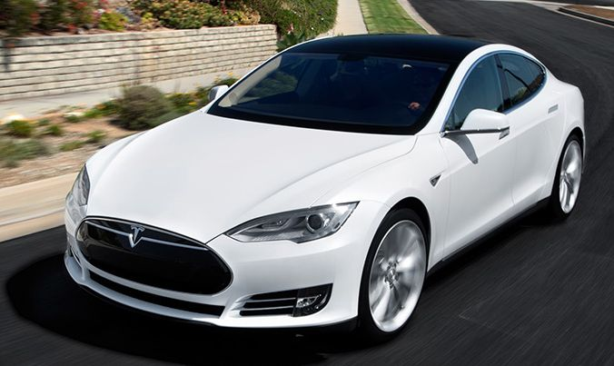 tesla-model-e-to-be-unveiled-at-2015-detroit-auto-show-73174-7.jpg
