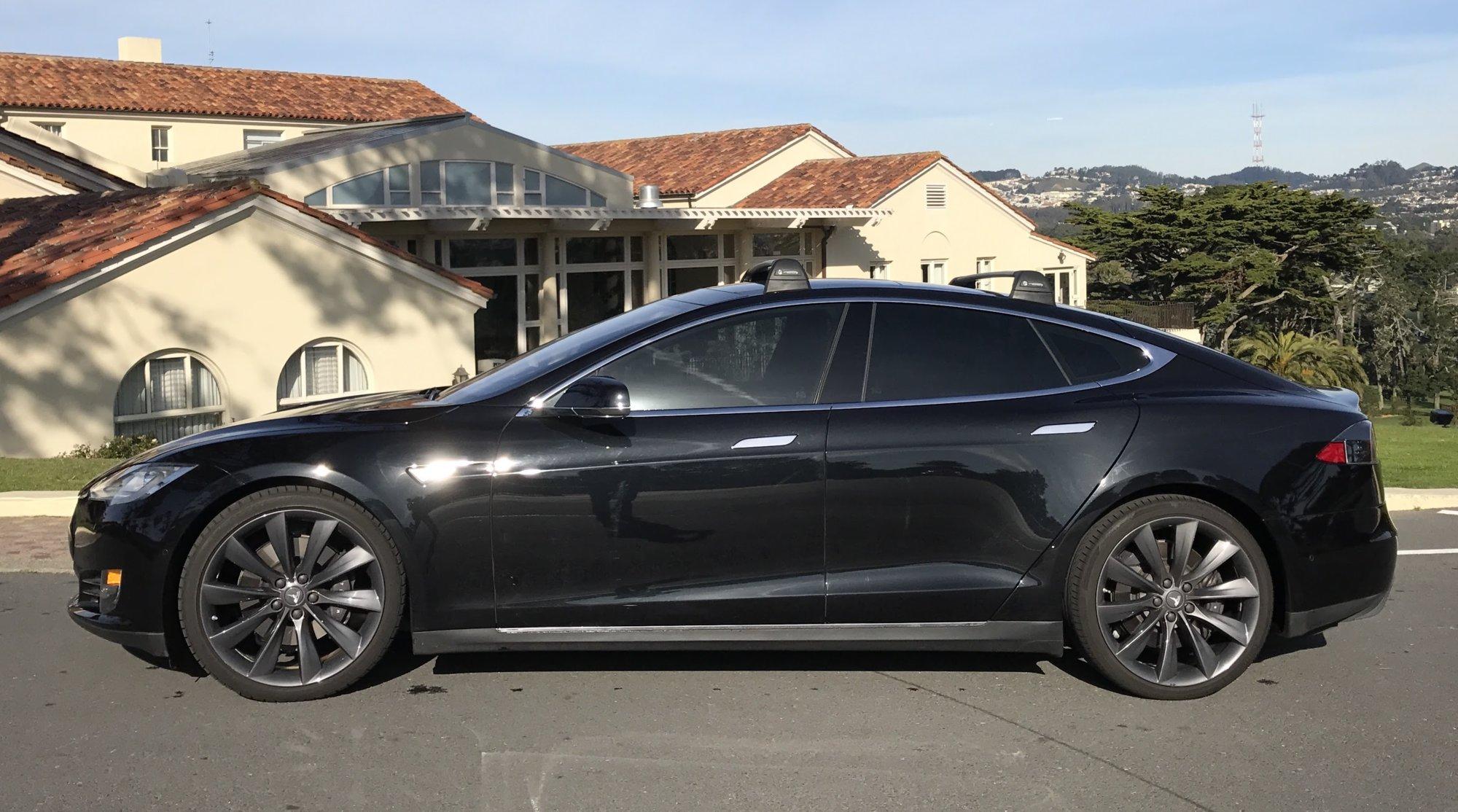 Tesla Model S 2.JPG