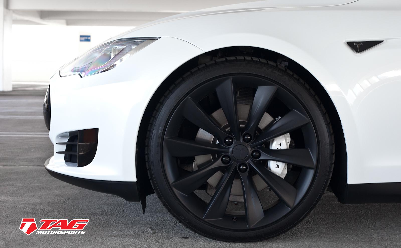 Tesla Model S Black Out-6.jpg