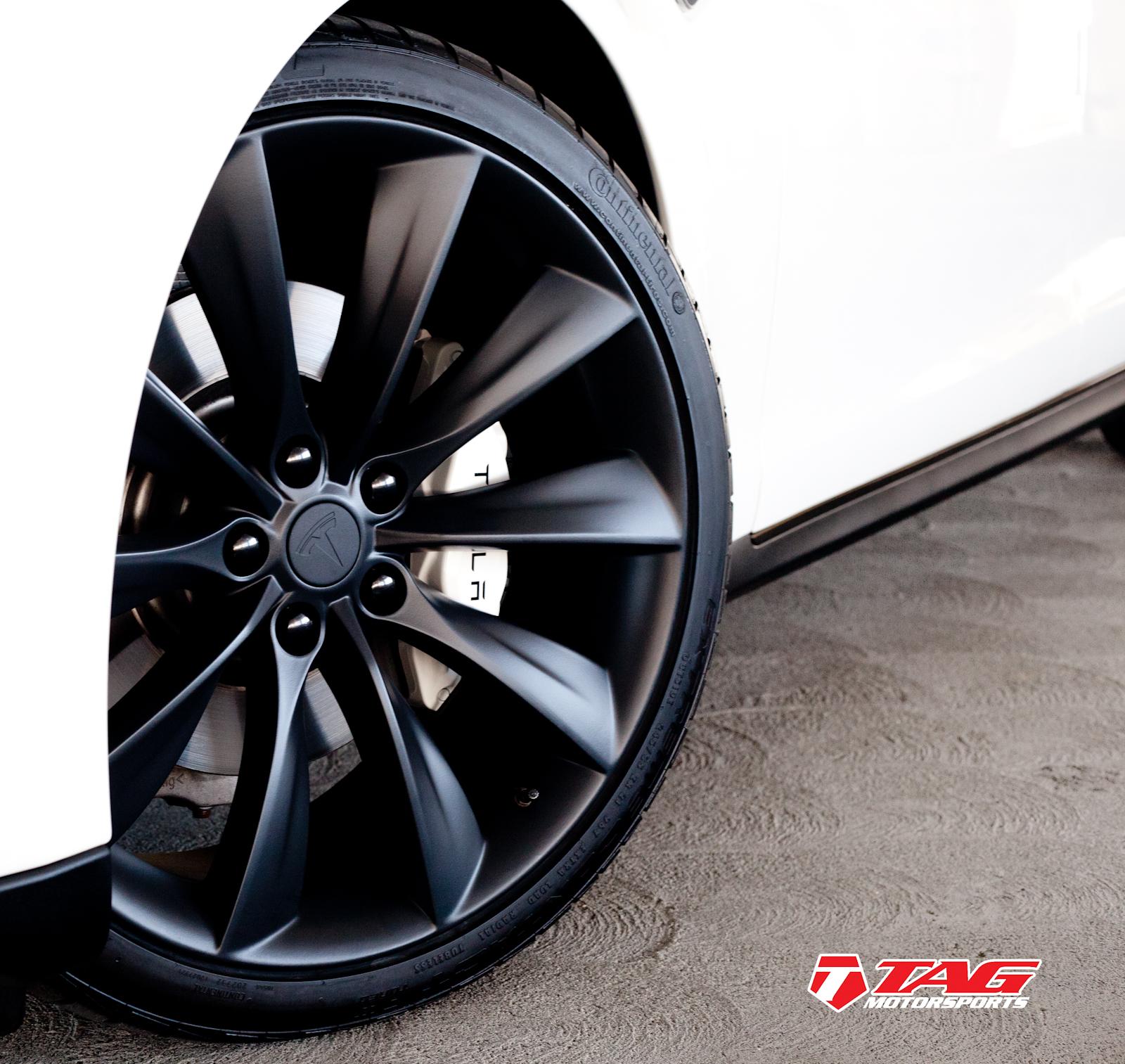 Tesla Model S Black Out-7.jpg