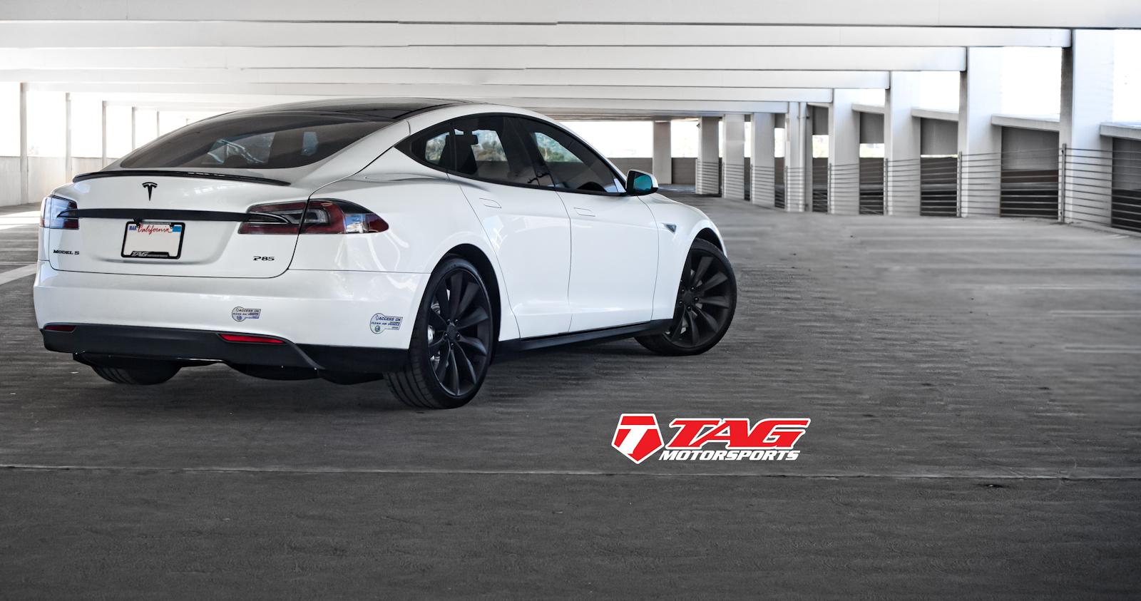 Tesla Model S Black Out-8.jpg
