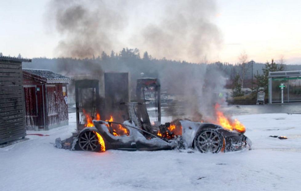 Tesla-Model-S-Fire-Wreckage-Norway.jpg