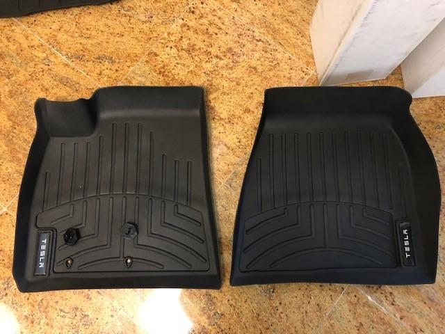 Tesla Model S - Front Mats.jpg
