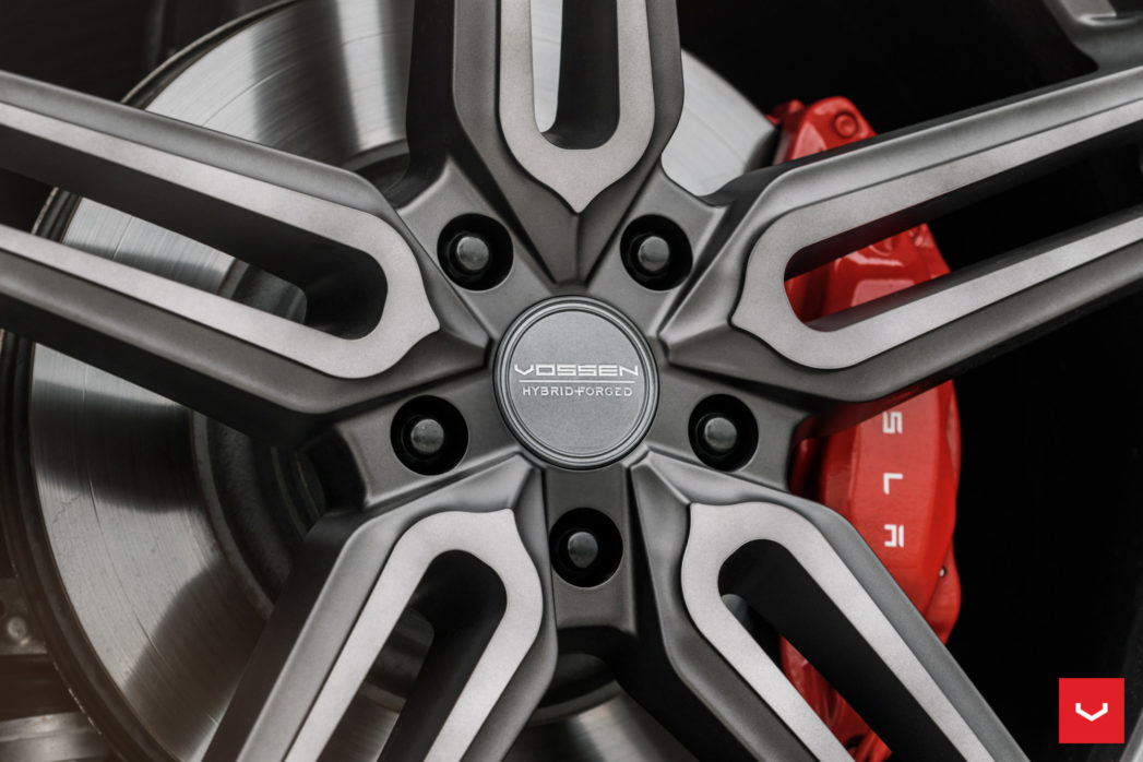 Tesla-Model-S-Hybrid-Forged-HF-1-©-Vossen-Wheels-2017-1005-1047x698.jpg