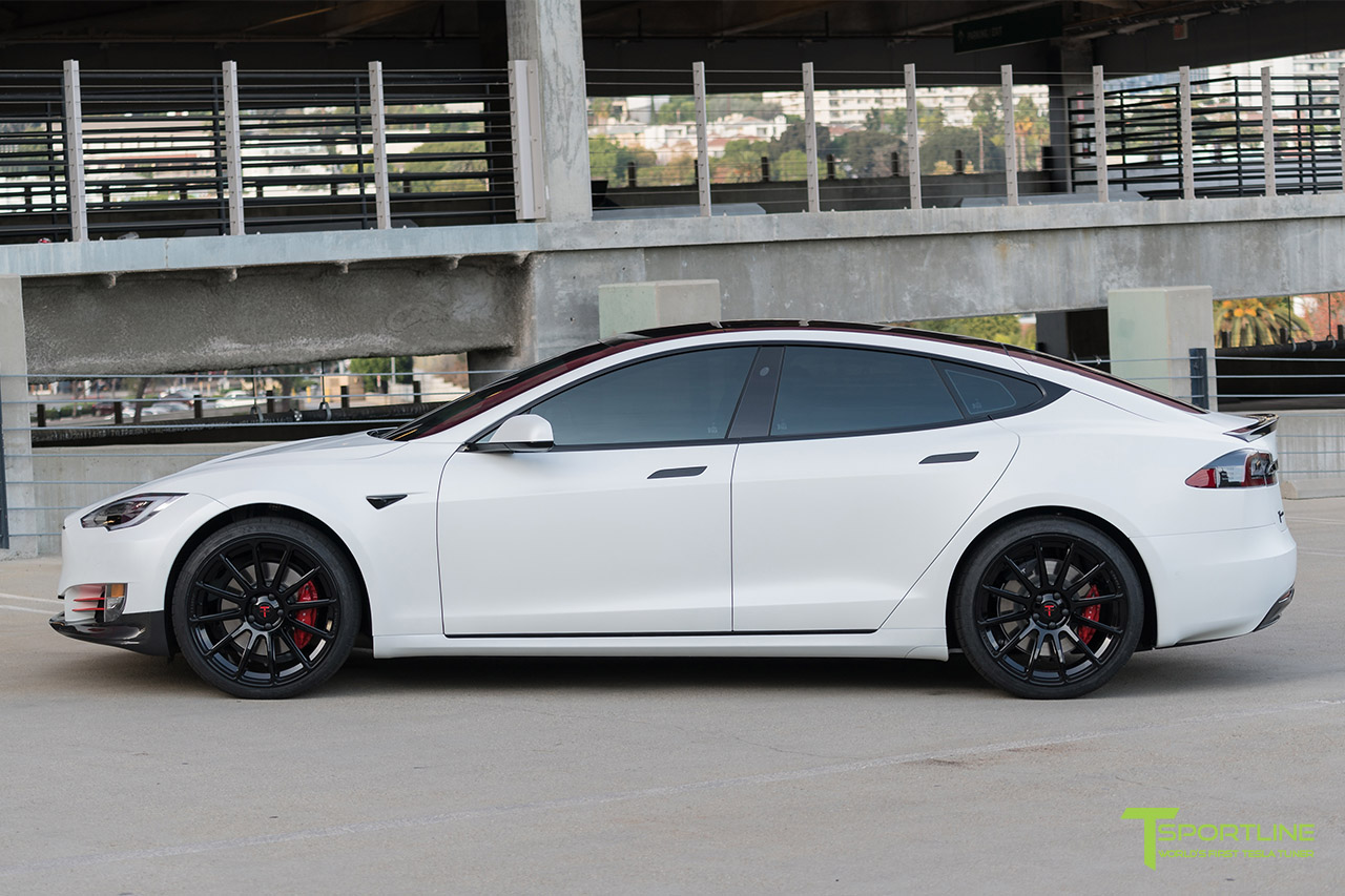 tesla-model-s-matte-white-gloss-black-ts112-21-inch-forged-wheels-carbon-fiber.jpg
