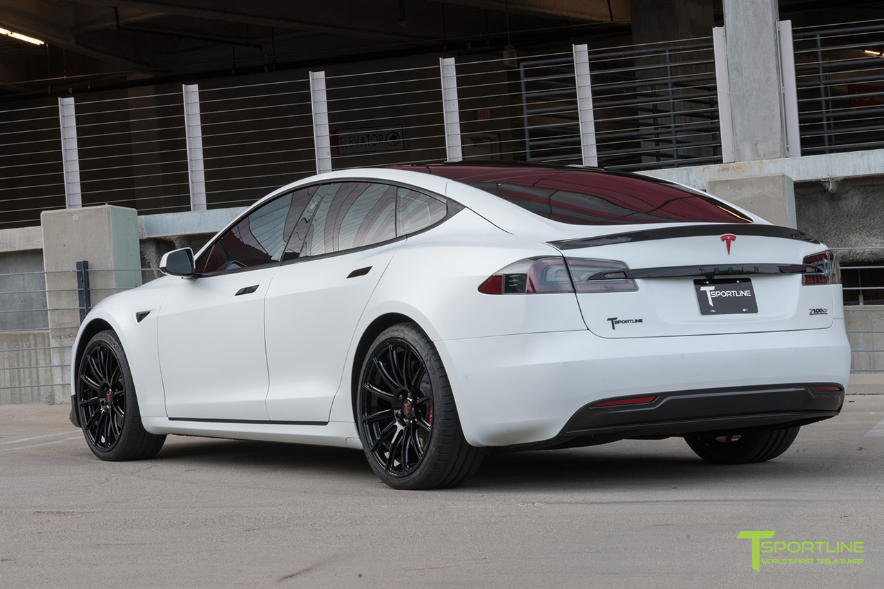 tesla-model-s-matte-white-gloss-black-ts112-21-inch-wheels-carbon-fiber-trunk-wing-diffuser.jpg