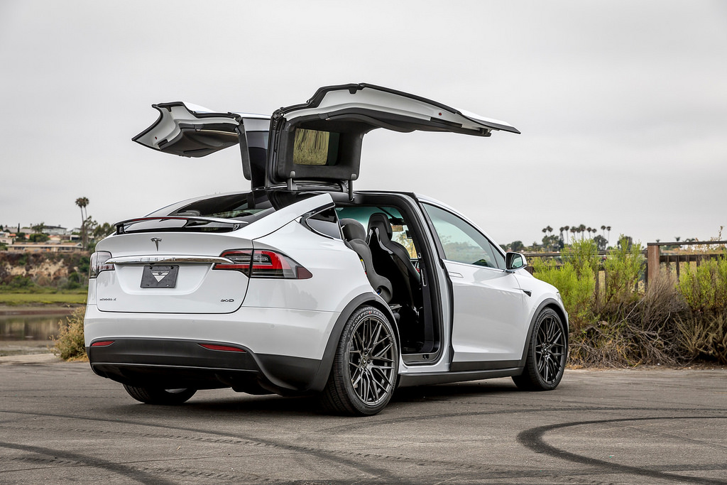 Tesla Model X - 22inch type V-FF 107.jpg