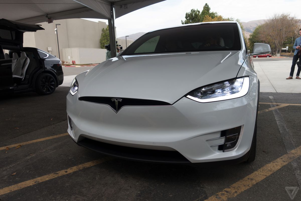 tesla-model-x-launch-025-2040.0.jpg