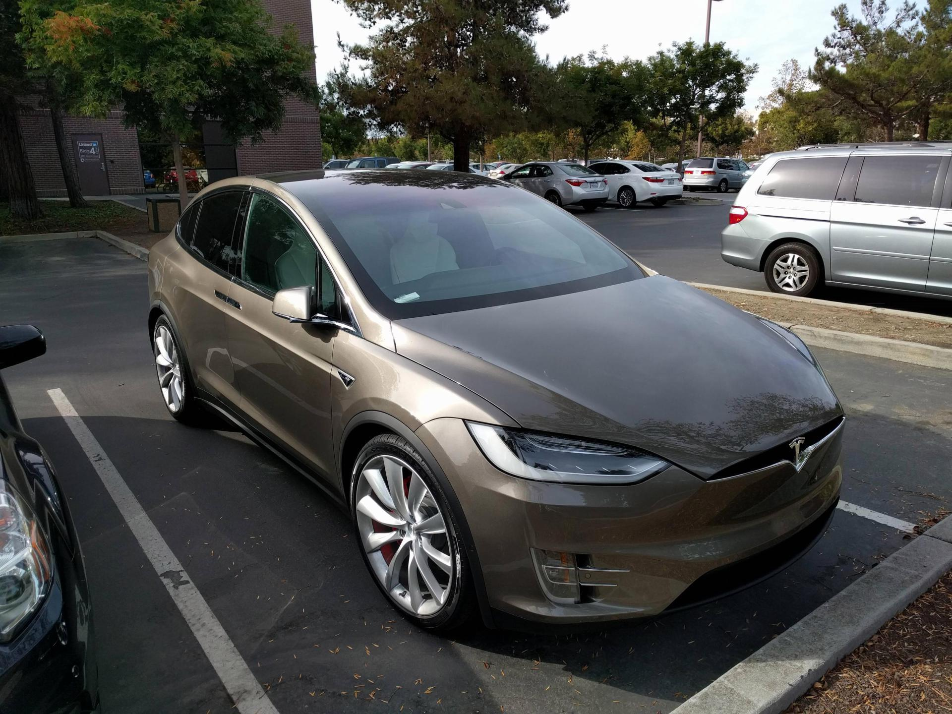 tesla-model-x-titanium-metallic-1.jpg