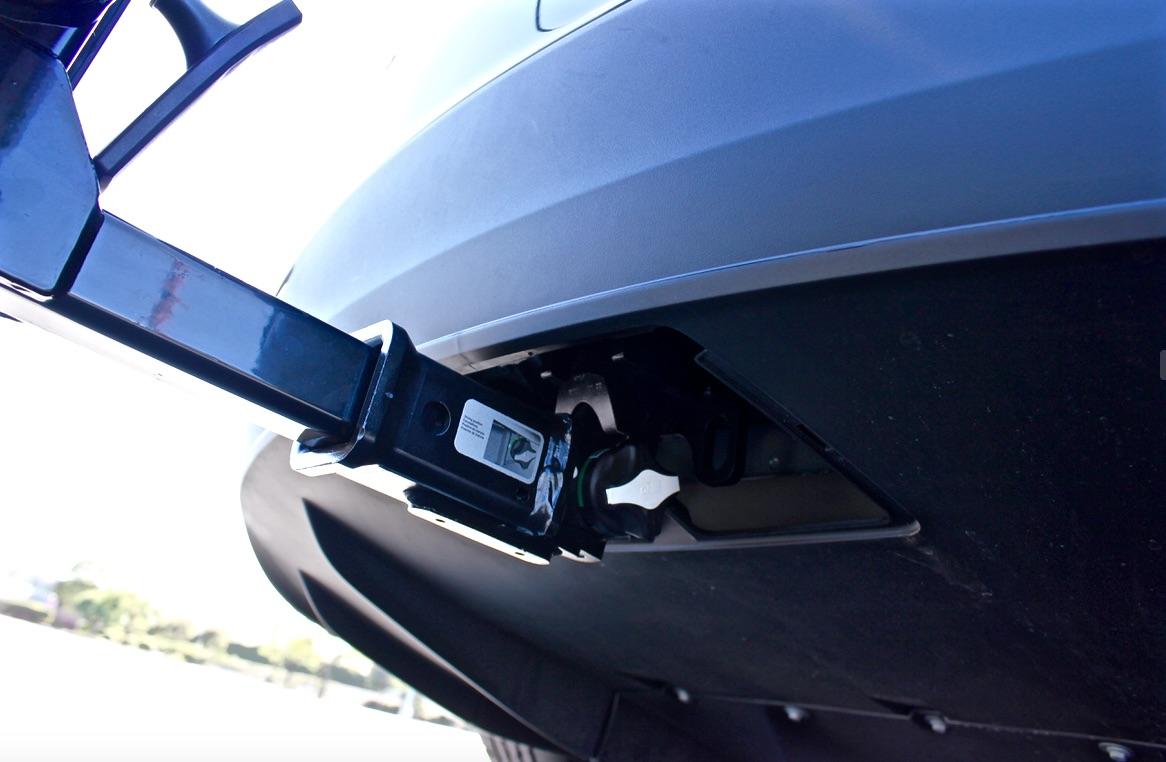Tesla-Model-X-Tow-Hitch-Receiver.jpg