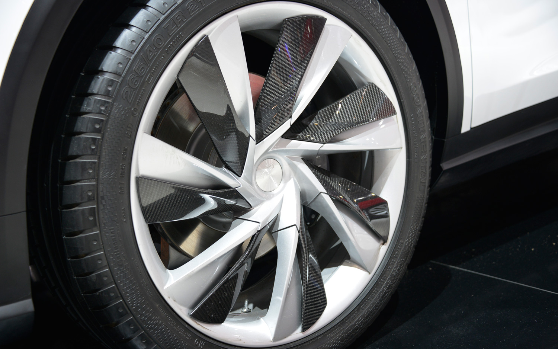 Tesla-Model-X-wheel-1.jpg