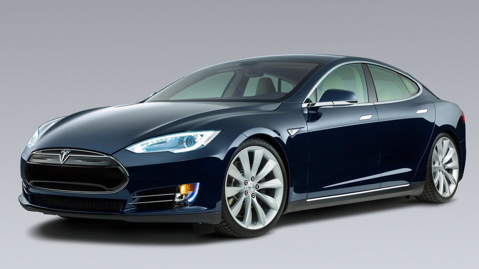 Tesla-Model_S_2013_1600x1200_wallpaper_15.jpeg
